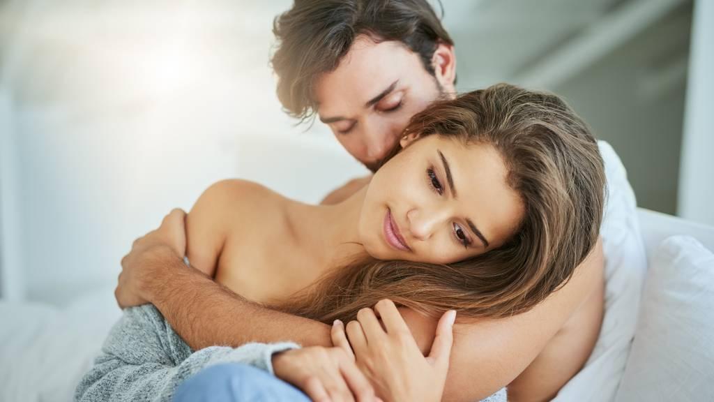 Manche Frauen duften für Männernasen besonders attraktiv. (Symbolbild)