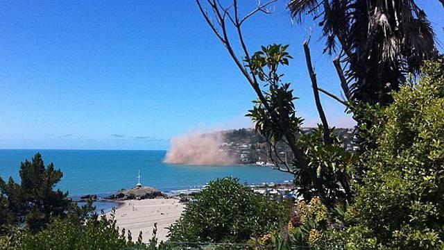 Nach dem starken Beben am 23.12. war Christchurch in Staub gehüllt