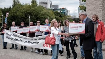 Protestaktion Novartis und Unia
