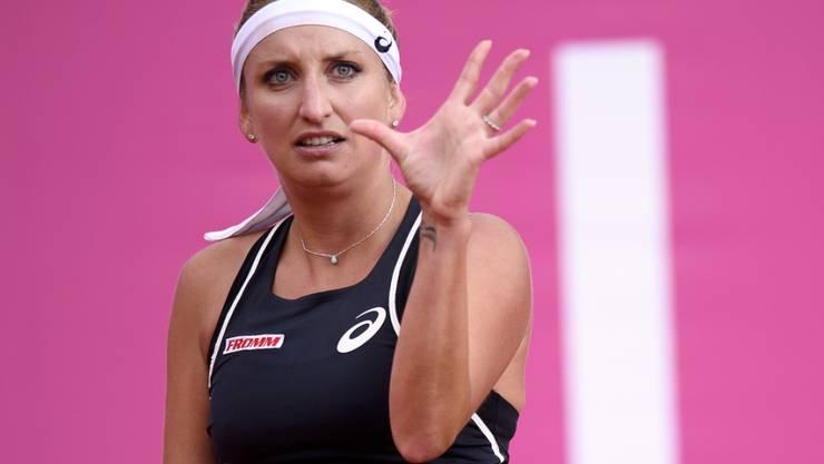 Timea Bacsinszky kann es nicht fassen: 6:4, 5:4 geführt und am Ende nach 2:47 Stunden gegen Eugenie Bouchard knapp verloren
