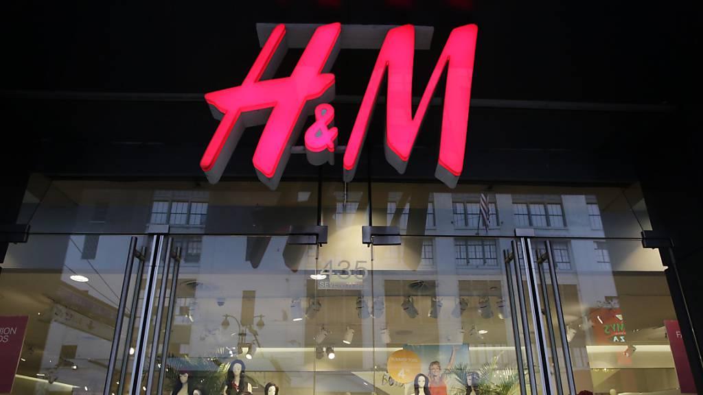 Modehändler H&M wächst zum Jahresende kräftig