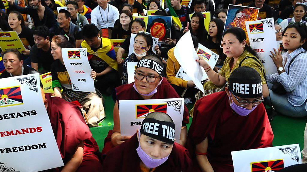 Exiltibeter begehen unter anderem in Indien den 60. Jahrestag des Volksaufstand in Tibet. Sie fordern ein Ende der chinesischen Herrschaft in Tibet.