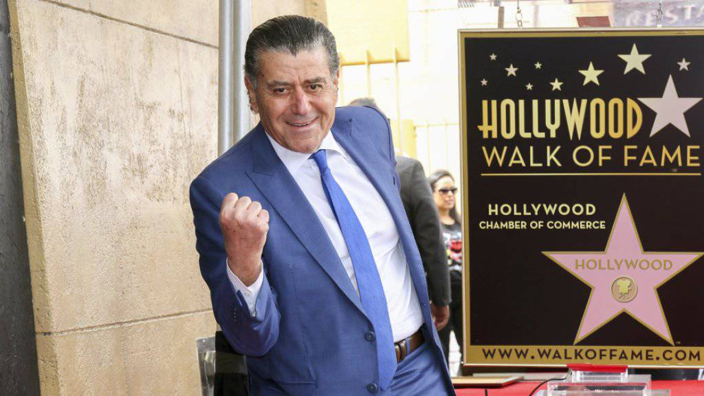 Der Filmproduzent Haim Saban, Schöpfer der «Power Rangers», hat einen Stern auf dem Walk of Fame bekommen.