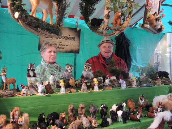 Max und Priska Tschumper verkaufen diverse Felltiere