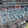 Bisher wussten sich die gefährdeten Schulen erfolgreich zu wehren – hier demonstrieren Lernende 2015 für den Erhalt des Berufszentrums in Brugg.