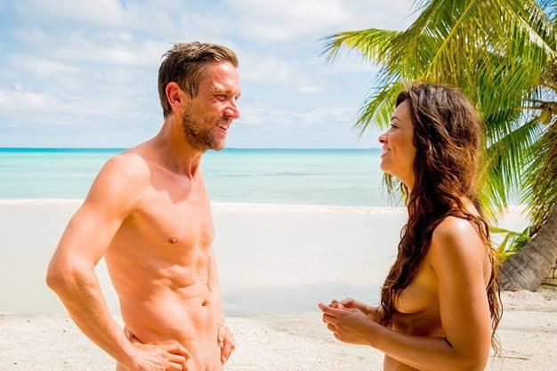 Robinson trifft in «Adam such Eva» eine nackte Inselschönheit. Sie bleibt nicht die einzige.