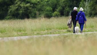 Seit 2010 sind gemäss Berechnungen der Swisscanto Vorsorge AG die Renten für Neupensionierte um 15 Prozent gesunken. (Symbolbild)