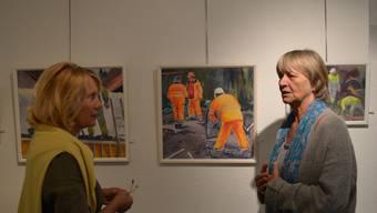 Galeristin Anna-Verena Hoffmann Sax mit Malerin Katharina Frey