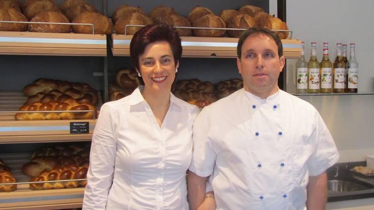 Barbara und Karl Richner (im Bild) führen das Geschäft, das seit 1847 im Familienbesitz ist. Ihr Sohn Pascal Richner hat die Website von Grund auf erstellt. ZVG