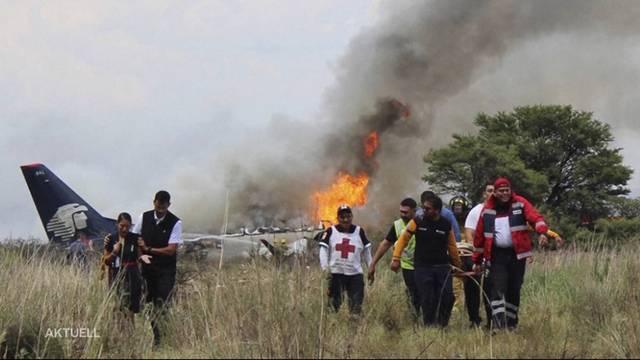 Glück im Unglück: Passagiere überleben Flugzeugabsturz