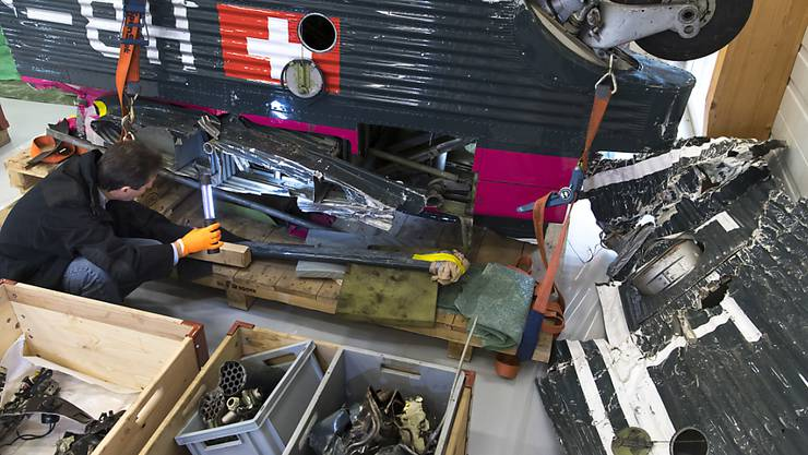 Trümmerteile der historischen Ju-52, die vor zwei Jahren in Graubünden abstürzte. (Archivbild)