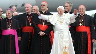 Papst Benedikt wird in Havanna empfangen