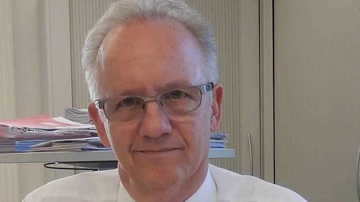 Martin Blaser war bereit – aber der Ansturm der Jungbürger blieb auch dieses Jahr aus.