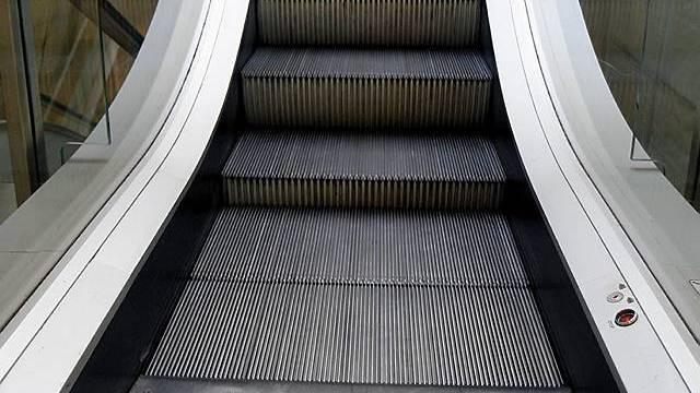 Unfall auf Rolltreppe ging glimpflich aus