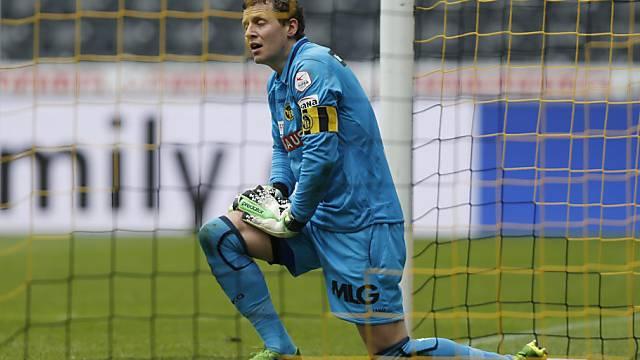 YB-Captain und -Goalie Marco Wölfli geschlagen.