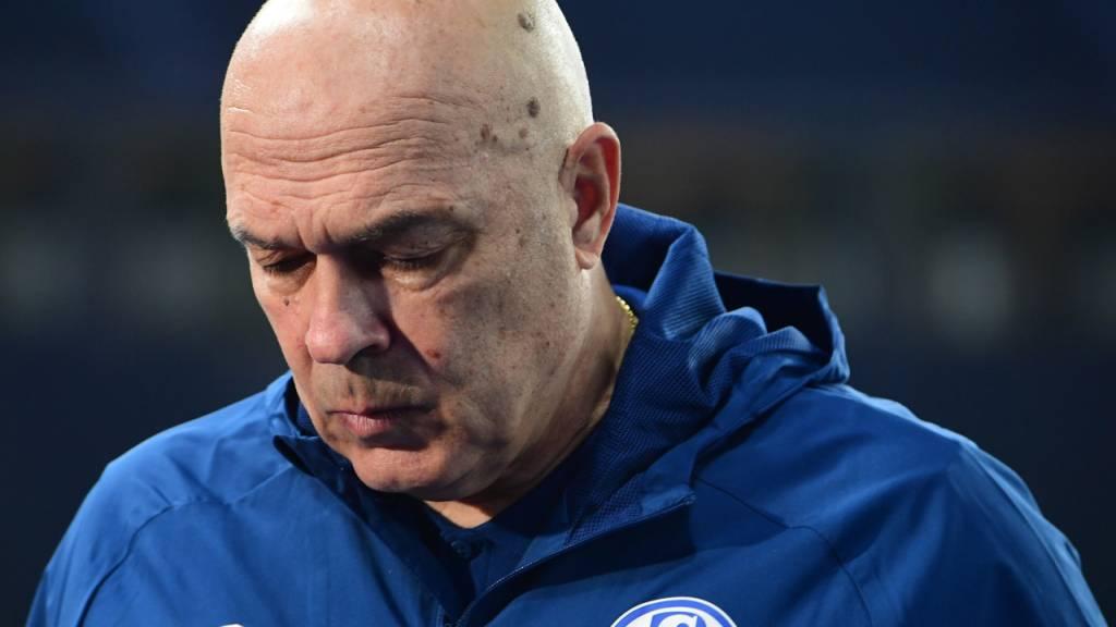 Christian Gross hofft auf den einen oder anderen Neuzugang bei Schalke 04.