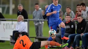 Subingen (mit Dominic Müller) übersprang die Mümliswiler Hürde (am Boden Adrian Kamber) letztlich leicht.