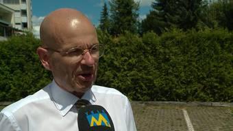 Rechtsanwalt Markus Leimbacher sagt, in welchem Fall sich der Vater strafbar gemacht hat. Und ob die Behörden die Kinder wieder in die Schweiz holen können.