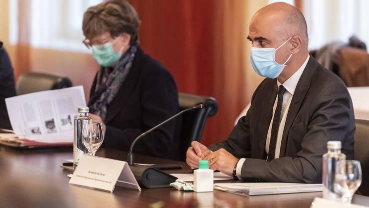 Alain Berset und Isabelle Chassot empfingen am Montag eine Delegation aus der Schweizer Kulturwelt.