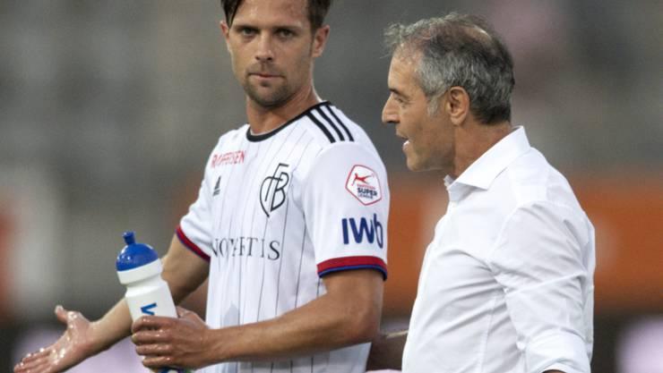 Captain Valentin Stocker und Trainer Marcel Koller sind nicht gerade erfreut