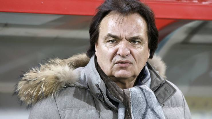 Christian Constantin wendet sich wieder einmal gegen die Liga. Er will den Saisonabbruch.