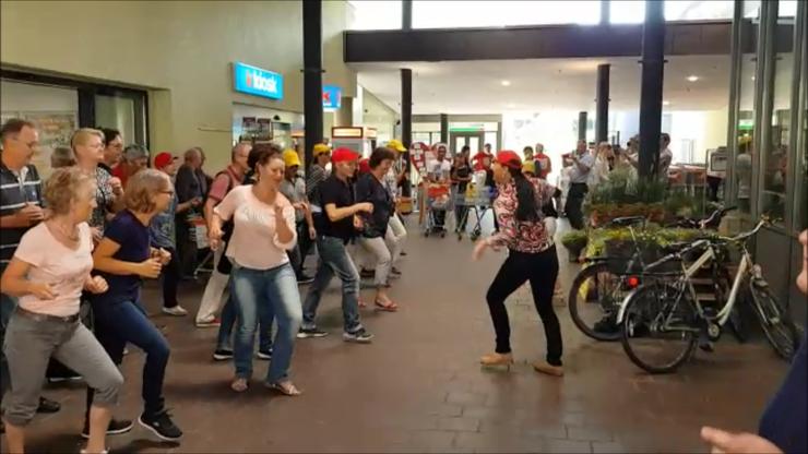 Flashmob im Müli Märt Lenzburg