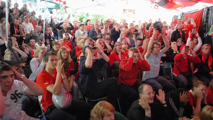 Die Emotionen gingen hoch: Public Viewing beim MatchSchweiz – Chile am 21. Juni 2010. (Archiv)