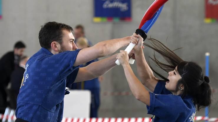 An der Schweizer Meisterschaft im Haidong Gumdo zeigt die Szene am Wochenende in der Burkersmatt in Widen ihr Können. Die aus Korea stammende Kampfkunst lockt zahlreiche Gäste in die Halle.