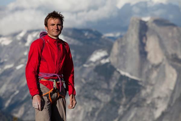 Ueli Steck bestieg alle 82 4000er der Alpen in 61 Tagen und hält den Speedrekord an der Eiger-Nordwand. Am Nuptse in Nepal stürzte er zu Tode.
