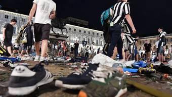 Eine Frau ist gestorben, die bei einer Massenpanik in Turin während eines Public Viewings verletzt worden war. (Archiv)