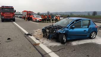 Unfall auf der A5: Die Autobahn musste in beide Fahrrichtungen zwischen Grenchen und Lengnau gesperrt werden.
