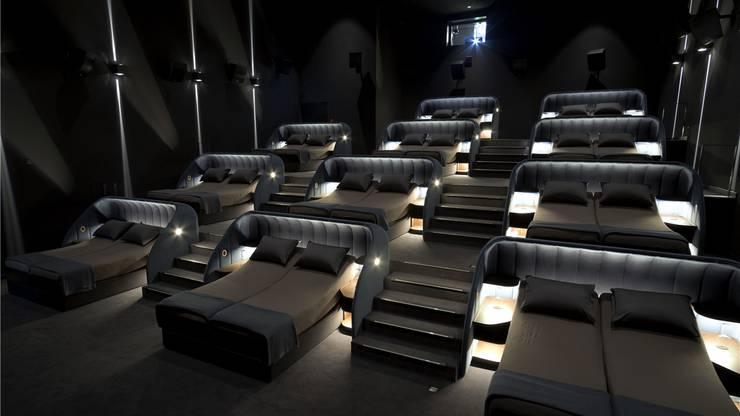 Auch das schweizweit einzigartig: Das Bettenkino im VIP-Saal – dazu gibt es Finken und leichte Decken.zvg