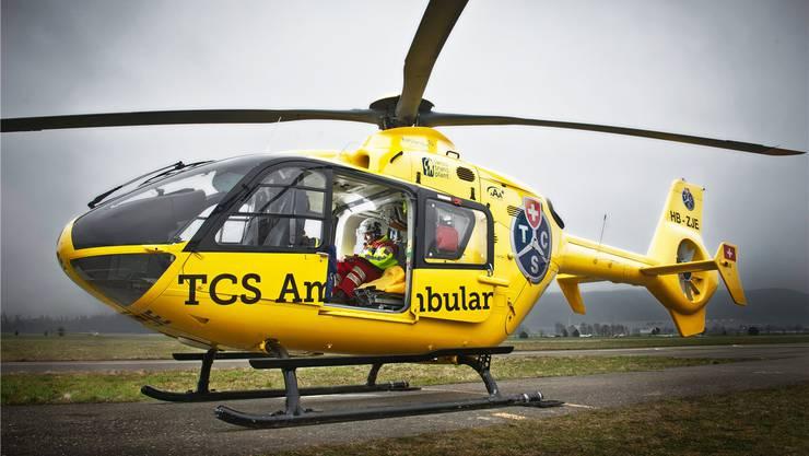 Mit dem Rückzug des TCS erhält der Helikopter eine neue Lackierung. (Archiv)