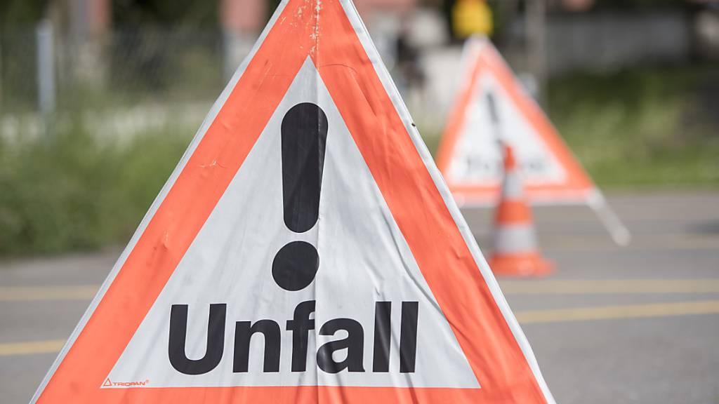Mehrere schwere Unfälle im Kanton Schwyz