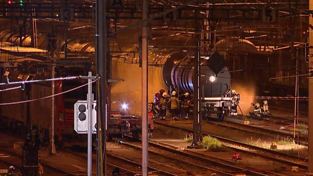 Muttenz (BL): Salzsäure in Rangierbahnhof ausgelaufen