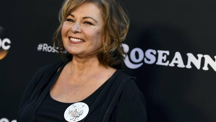 """Für Roseanne Barr hat es sich vorerst ausgescherzt. Nachdem sie Afroamerikaner auf Twitter mit Affen verglich, wurde die Neuauflage ihrer Show """"Roseanne"""" sofort abgesetzt. (Archivbild)"""