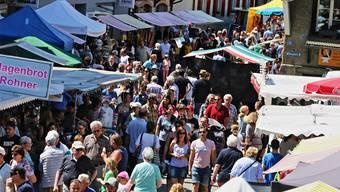 Am Pfingstmarkt 2018 spielte das Wetter mit. Gerade zwischen 11 und 14 Uhr gab es einen starken Besucherstrom.