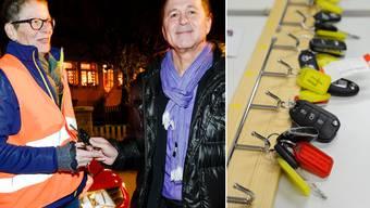 Nez-Rouge-Helferin Yvonne Tschumi nimmt von ihrem Fahrgast Walter Binggeli den Autoschlüssel in Empfang.