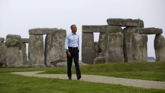 US-Präsident Obama zwischen den berühmten Steinen in Stonehenge
