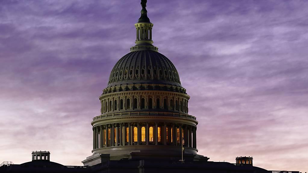 Blick auf das Kapitol im Morgengrauen. Foto: J. Scott Applewhite/AP/dpa