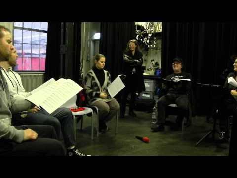 Daniel Raaflaub, Stefan Raaflaub, Anne Maria Schmid und Marc Storace proben den Song «To Print or Not» für die Rockoper «Test»