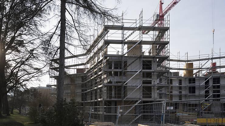 Die bürgerlichen Parteien bekämpfen die Wohnungsinitiative des Mieterverbands. Ihrer Meinung nach genügen die zusätzlichen Fördermittel. (Archivbild)