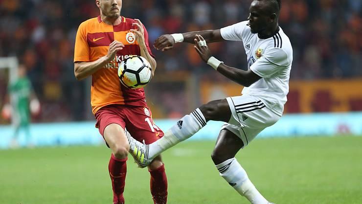 Die Europacup-Saison ist für Galatasaray (Martin Linnes, links) bereits vorbei