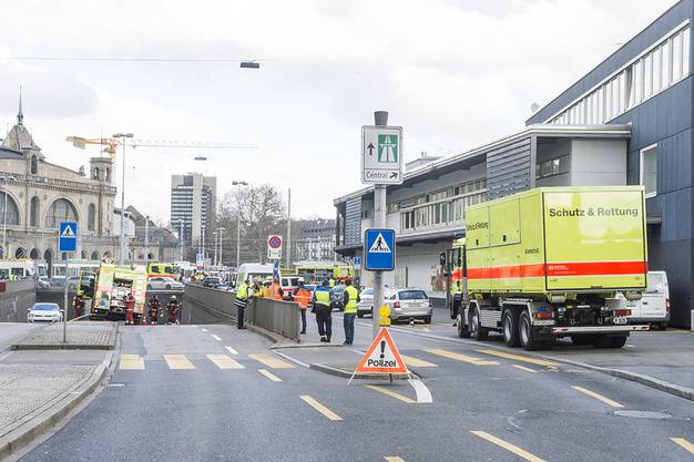 Im Gebiet Hauptbahnhof/Central ist es zu Stromausfällen gekommen.