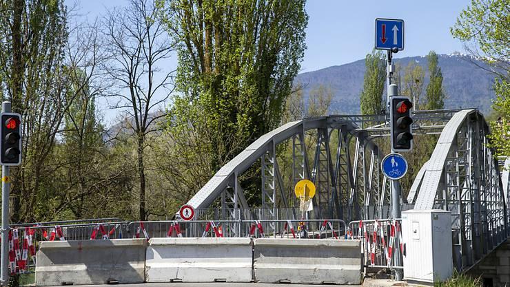 Frankreich will die Grenzen für Bürgerinnen und Bürger ausserhalb des Schengenraumes ab 1. Juli schrittweise öffnen. Im Bild der Grenzübergang von Chancy nahe Genf.
