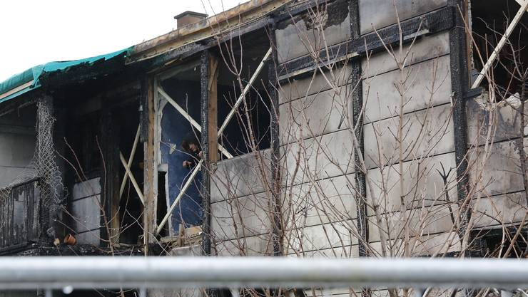 Die Villa Rosenau wurde am Freitag abgerissen. Übers Wochenende fand ein «Trauermarsch» für das Gebäude statt.