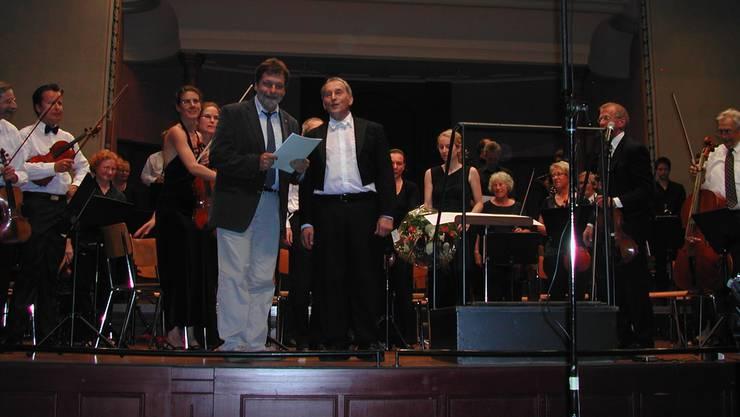 Glücklich über das unerwartete musikalische Geschenk: Regierungsrat Roland Heim (links) neben Komponist Urs Joseph Flury.