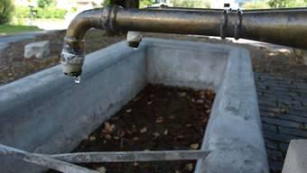 Es tropft nur noch und plätschert nicht mehr: Einige Fricktaler Gemeinden drosseln den Wasserverbrauch, indem sie die Brunnen abstellen.  HUG