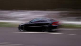 Mehrere Temposünder waren Anfang Woche auf den Zofinger Strassen unterwegs. Am Montag entzog die Kantonspolizei Aargau gleich vier Rasern den Führerschein. (Symbolbild)