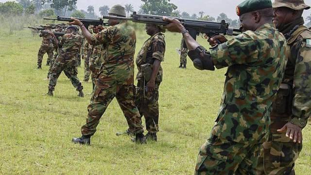 Nigerianische Soldaten (Archiv)